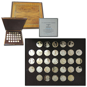 Boxed set of 31 24ct on silver Vermeer medals