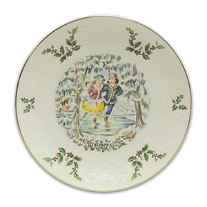 Royal Doulton Collector Plate - Christmas 1977