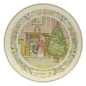 Wedgwood Collector Plate - Christmas Stocking 1989