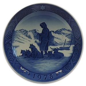 Royal Copenhagen Porcelain Plate - Christmas 1978