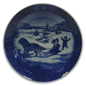 Royal Copenhagen Porcelain Plate - Christmas 1986