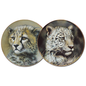 Pair of Cub Limited Edition Plates