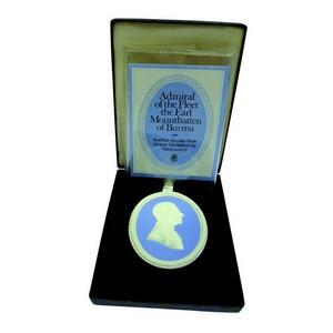 Wedgwood Portait Medallion - Earl Mountbatten of Burma 1978