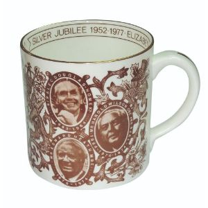 Crown Staffordshire Towler Mug - Observer Queen Elizabeth II Edition Silver Jubilee 1977