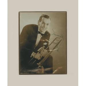 Glen Miller - Autograph - Signed Black and White Photograph