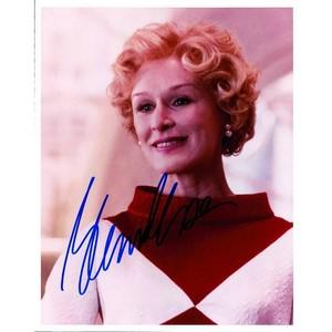 Glenn Close - Autograph - Signed Colour Photograph