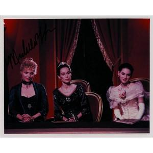 Michelle Pfeiffer - Autograph - Signed Photo