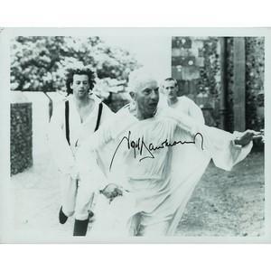 Nigel Hawthorne - Autograph - Signed Photo