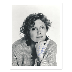 Susan Sarandon  - Autograph - Signed Black and White Photograph