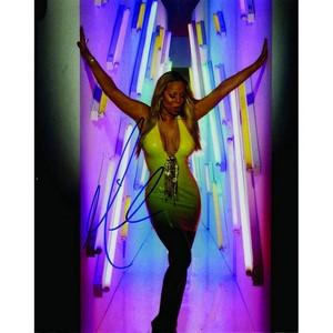 Mariah Carey - Autograph - Signed Black and White Photograph