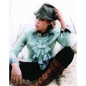 Natasha Bedingfield - Autograph - Signed Colour Photograph