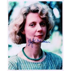 Blythe Danner - Autograph - Signed Colour Photograph