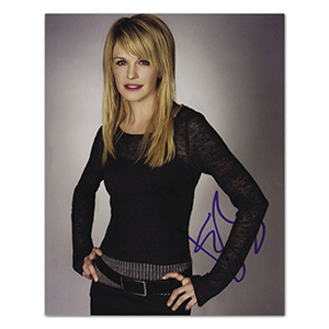 Kathryn Morris - Autograph - Signed Colour Photograph