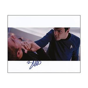 Zachary Quinto - Autograph - Signed Colour Photograph