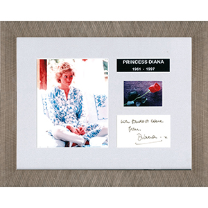 Princess Diana  -  Autograph - Signature Mounted with Colour Photograph