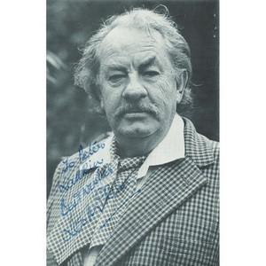 Leo McKern Autograph - Signed Black and White Photograph