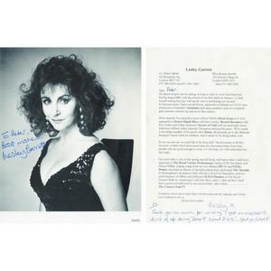 Lesley Garret - Autograph - Signed Letter and Photograph