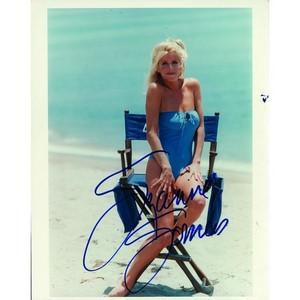 Suzanne Sommers - Autograph - Signed Colour Photograph
