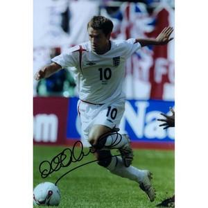 Michael Owen - Autograph - Signed Colour Photograph