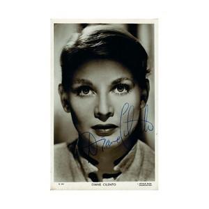Diane Cilento - Autograph - Signed Black and White Photograph