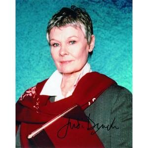Judi Dench - Autograph - Signed Colour Photograph