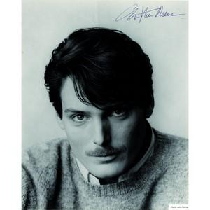 Christopher Reeve - Autograph - Signed Black and White Photograph