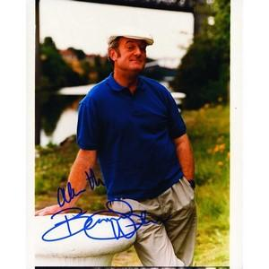 Bernard Hill - Autograph - Signed Colour Photograph