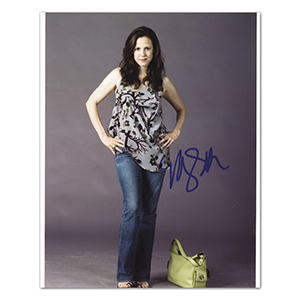 Mary Louise Parker - Autograph - Signed Colour Photograph