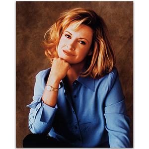 Catherine Hicks - Autograph - Signed Colour Photograph