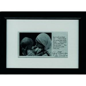 Mother Teresa - Signature - Signature Mounted with Black & White Photograph