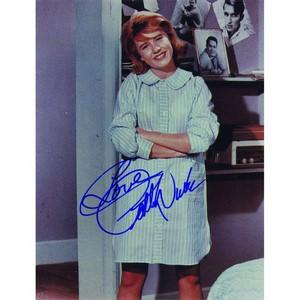 Patty Duke - Autograph - Signed Colour Photograph