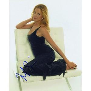 Mira Sorvino - Autograph - Signed Colour Photograph