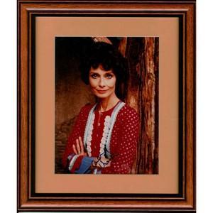 Audrey Hepburn - Autograph - Signed Colour Photograph