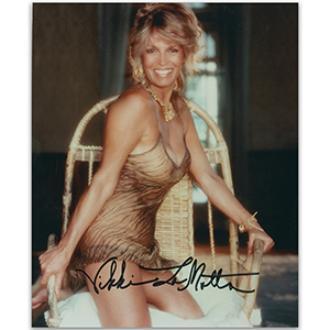 Vikki LaMotta - Autograph - Signed Colour Photograph