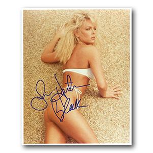 Lisa Hartman Black Autograph Signed Photograph