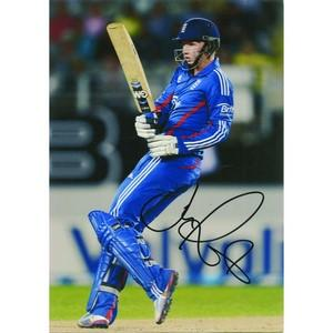 Joe Root - Autograph - Signed Colour Photograph