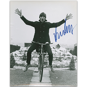 Dave Berry - Autograph - Signed Black and White Photograph