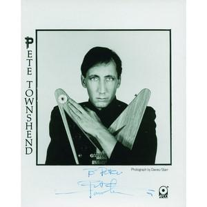 Pete Townshend - Autograph - Signed Black and White Photograph