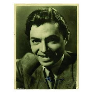 James Mason - Autograph - Signed Black and White Photograph