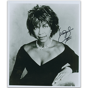 Natalie Cole - Autograph - Signed Black and White Photograph