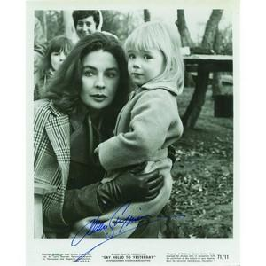 Jean Simmons - Autograph - Signed Black and White Photograph