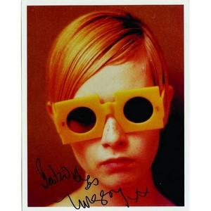 Twiggy - Autograph - Signed Colour Photograph