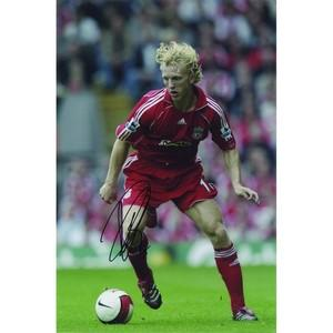 Dirk Kuyt - Autograph - Signed Colour Photograph
