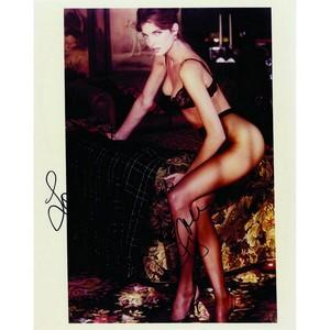Stephanie Seymour - Autograph - Signed Colour Photograph