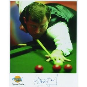 Steve Davis  Autograph  Signed Colour Photograph