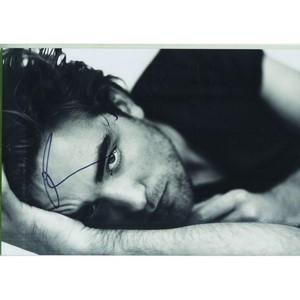 Robert Pattinson Autograph Signed Photograph