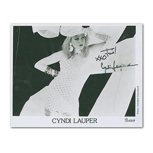 Cyndi Lauper Autograph Signed Photograph