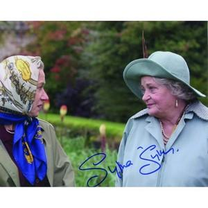 Sylvia Sims Autograph Signed Photograph