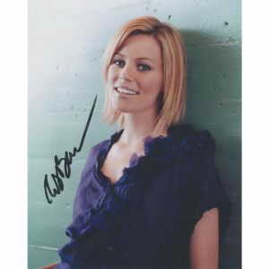 Elizabeth Banks Autograph Signed Photograph