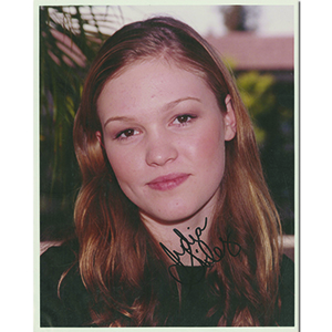 Julia Stiles Autograph Signed Photograph